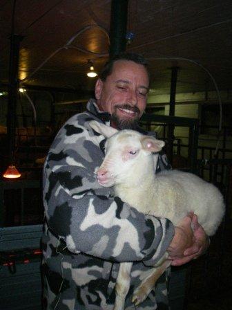 Joyeuses Pâques de Sainte-Mélanie... Présentation de jolis agnelets de race laitière et de leur famille  dans Une écologie inclusive... bbracelaitire